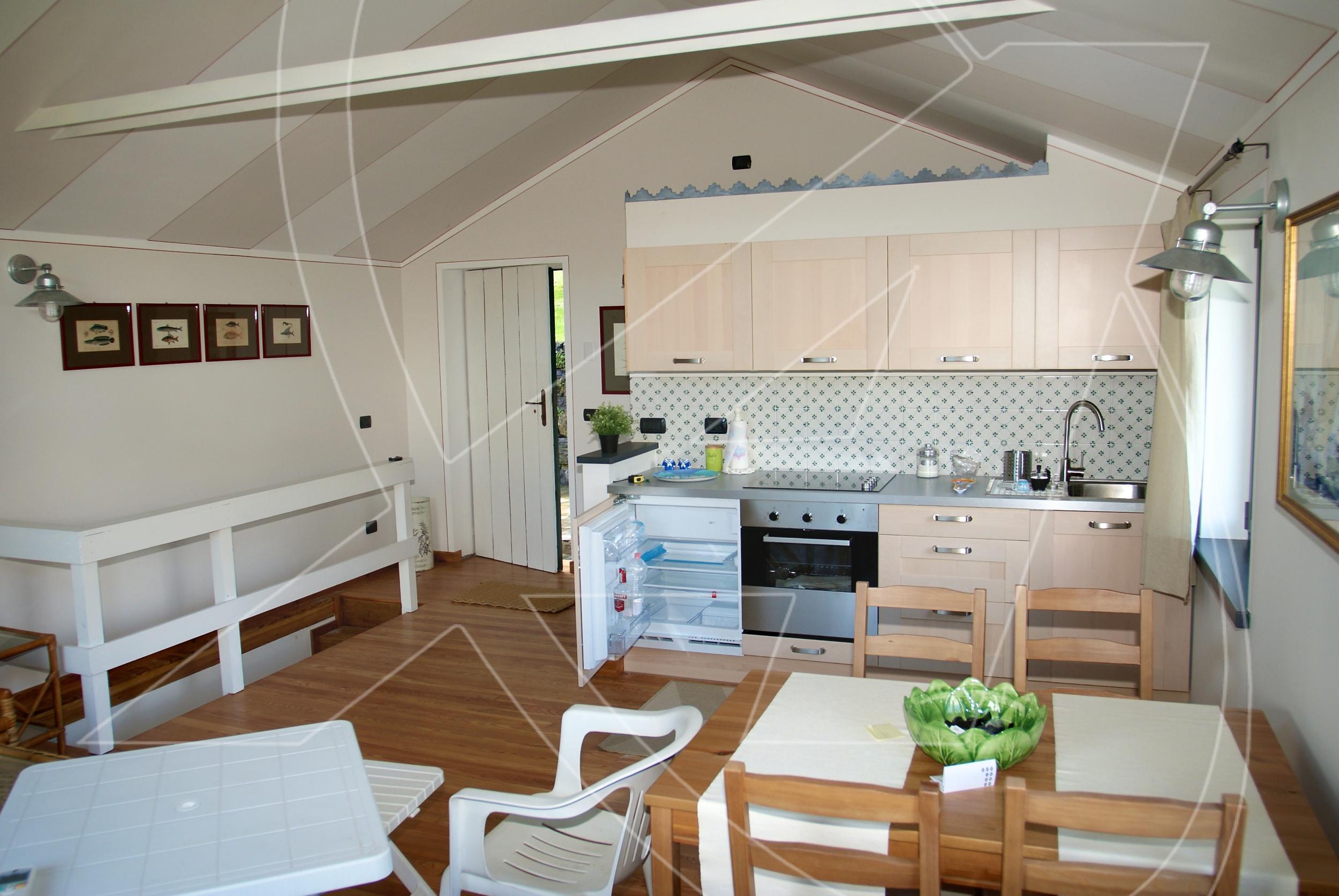Ristrutturare Bagno Casa In Affitto : Villetta in affitto a san michele di pagana con giardino tigullio