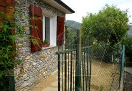 Rapallo collina – casetta con giardino in affitto a S.Maria