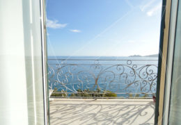 Zoagli - affitto appartamento in villa con spiaggia privata