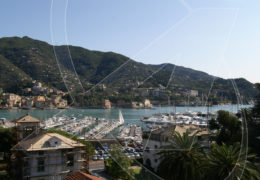 Rapallo: penthouse for rent with sea view and terrace