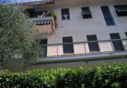Zoagli: affitto appartamento vista mare con giardino e posto auto