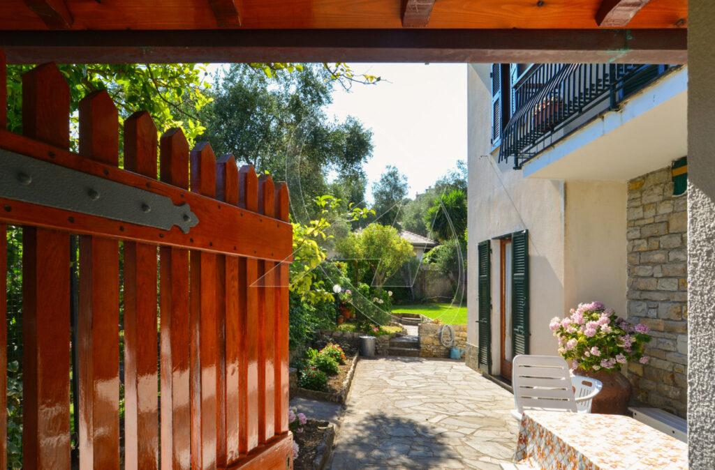 S.MICHELE di Pagana – Villa in affitto con 4 camere, giardino e terrazza