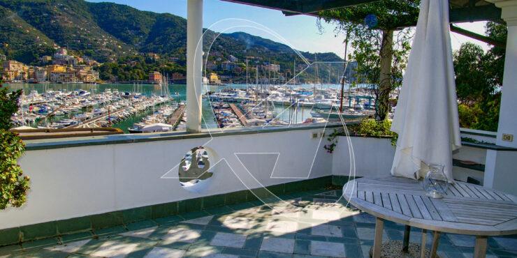RAPALLO Zona porto – Excelsior – Attico con terrazza vista mare in affitto